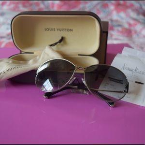 Louis Vuitton Daisy Sunglasses
